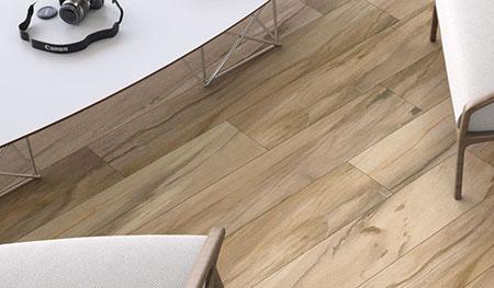 Imitations bois très contemporaines en diverses dimensions pouvant être mis dans toutes les pièces de la maison - Charente - As de Carreau